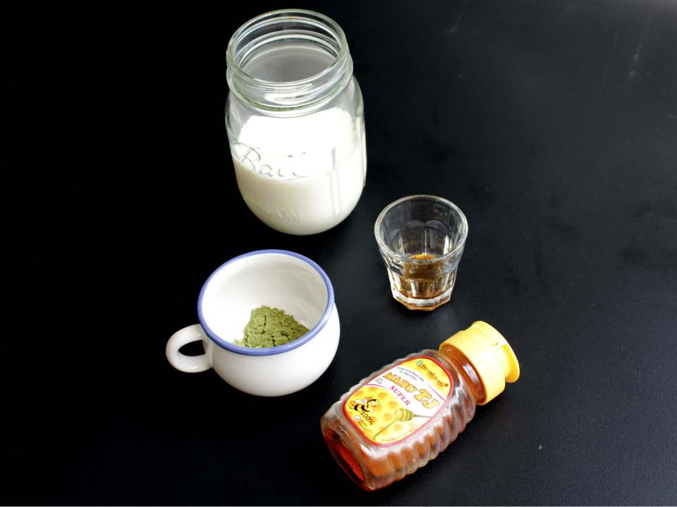 living-loving-recipe-greentea-latte-ingredients