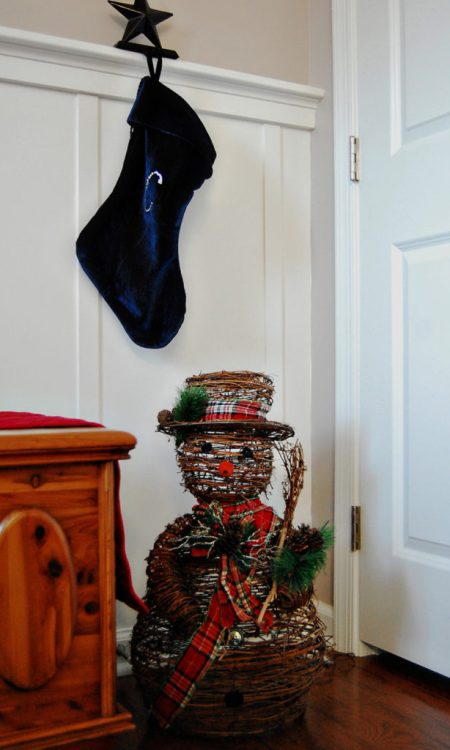 Living on Saltwater - Merry Christmas - Entry way