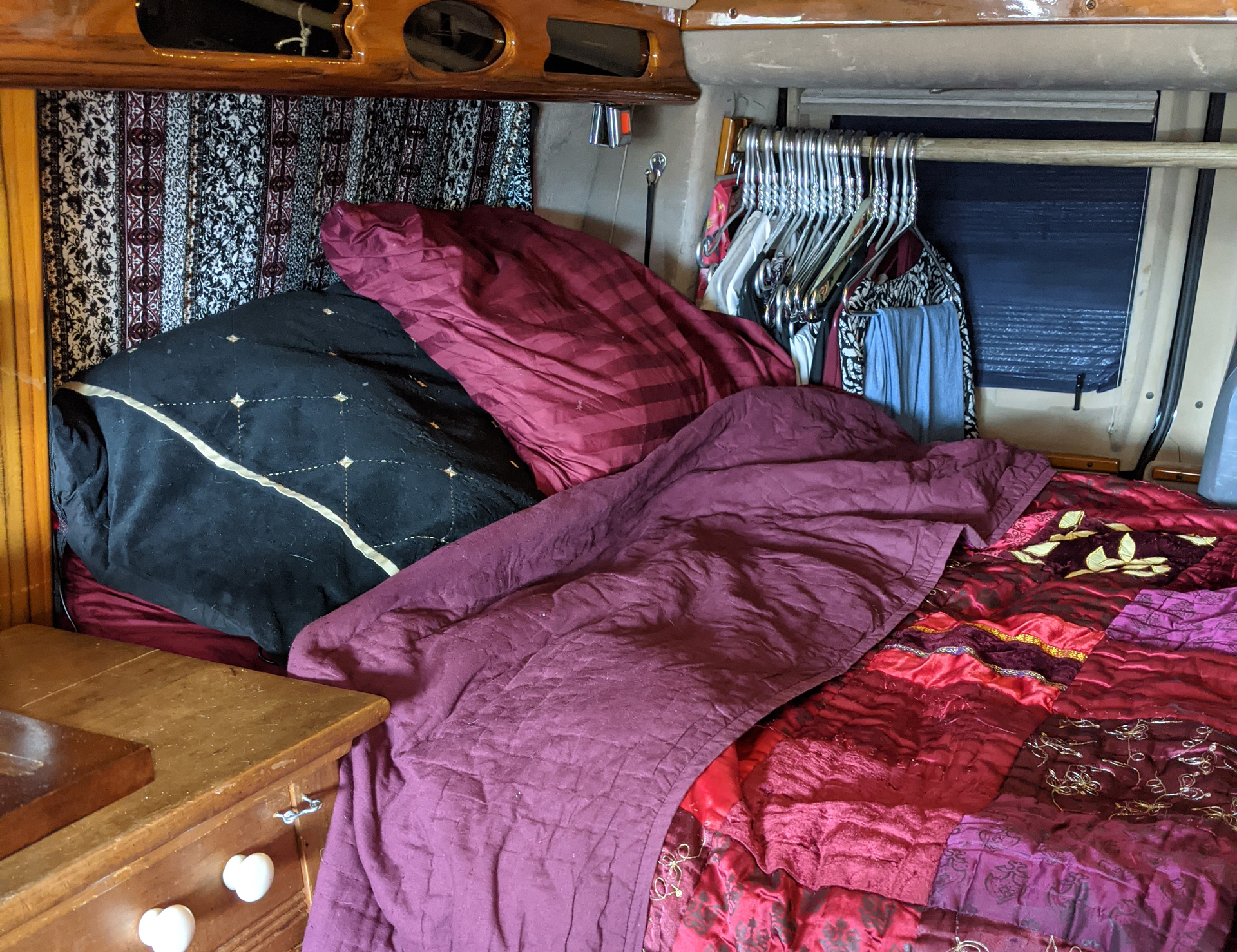 Vanlife - Hanging clothes in a van