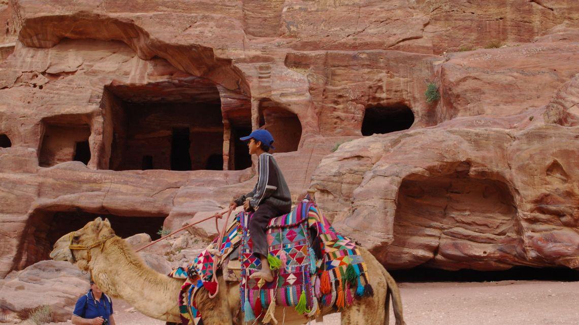 Writing, but not writing about Petra, Jordan 還未寫的約旦佩特拉