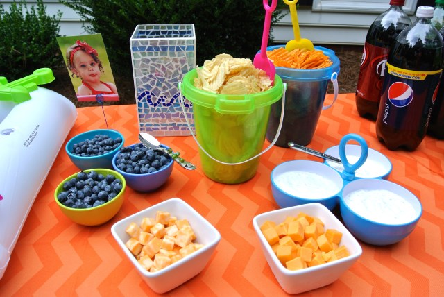 Tablescape summer splash party
