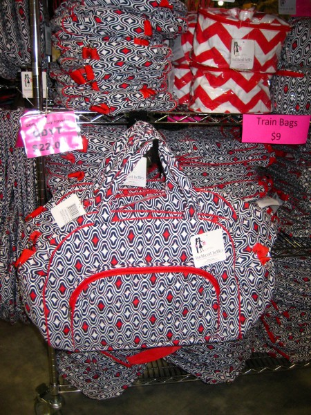 Bargain Chicks Red and Navy