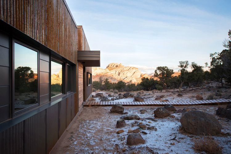 Main-House-Entry-Angled