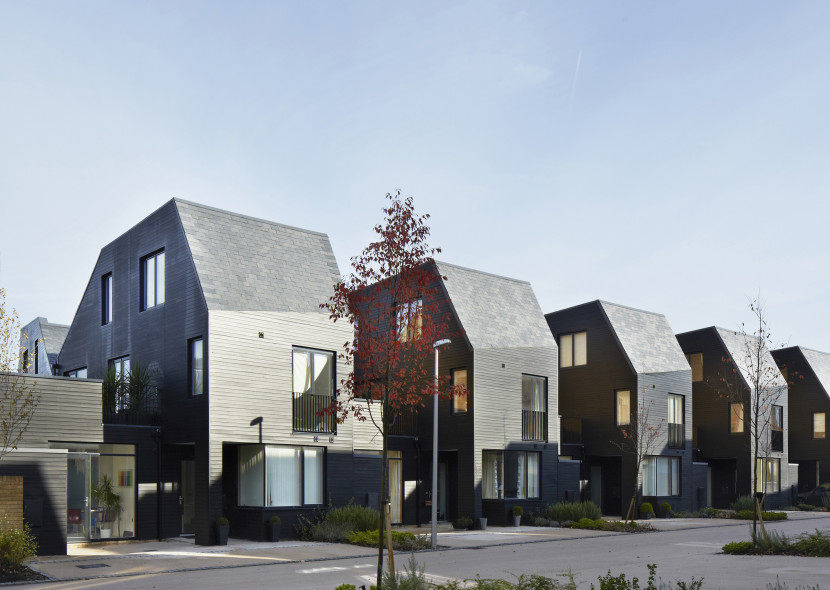 Alison-Brooks-Architects-_-Newhall-Be-_-Harlow-Essex-_-Photo-Courtyard-Houses-Street-3-830x590