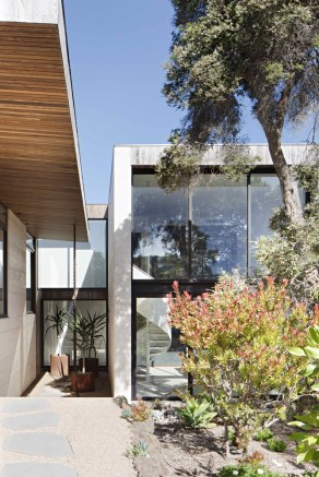 Layer House_18_Robson Rak Arch