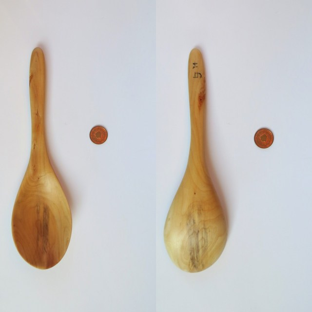 Willow serving spoon