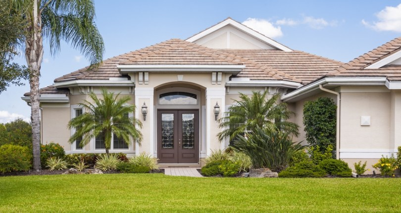 7 Easy Tips to Help Boast the Curb Appeal of Your Florida Home