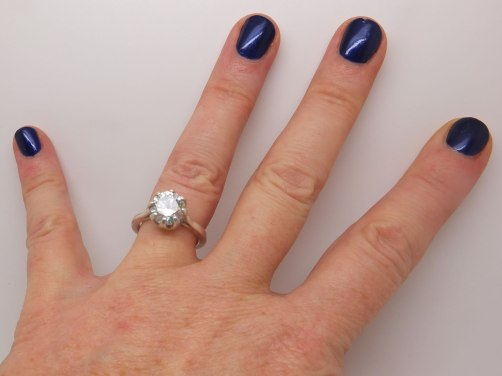 Cubic zircona crown set ring