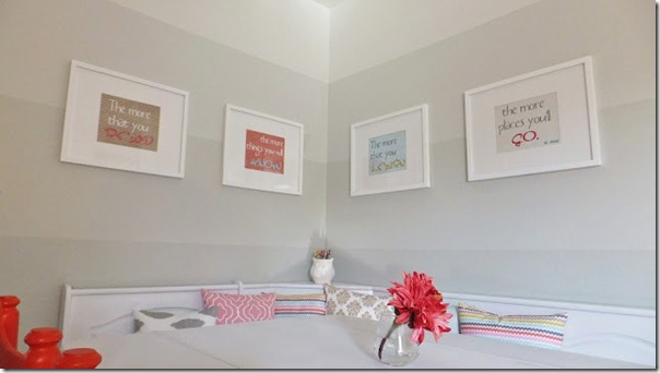 dining-nook-with-ombre-painted-stripe-walls-21_thumb