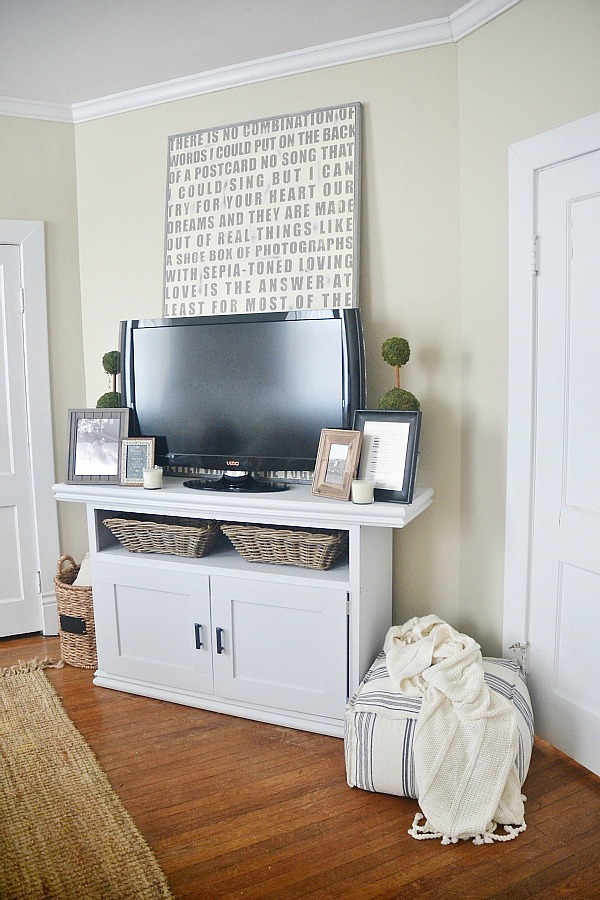 DIY TV console cabinet - So easy to make! lizmarieblog.com