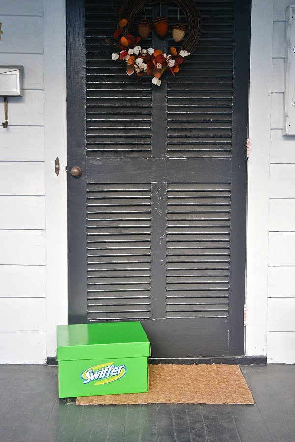 Swiffer box