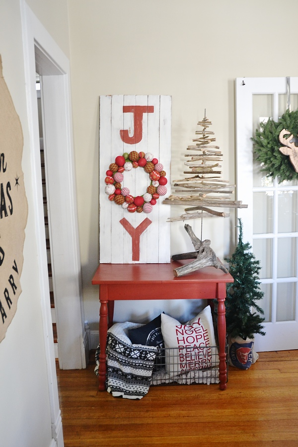 DIY Joy Sign - Liz Marie Blog