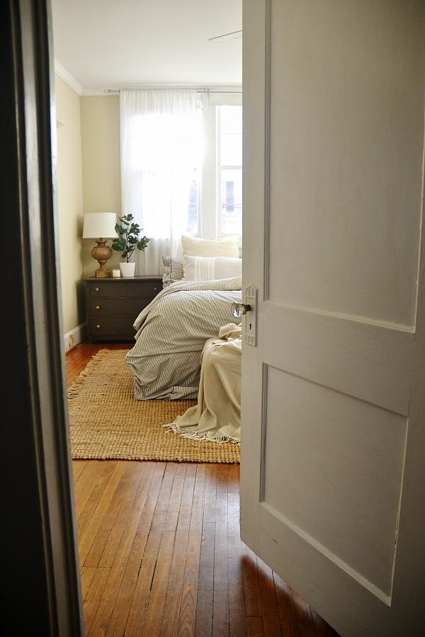 Bright Light Master Bedroom Lmb Rental Liz Marie Blog