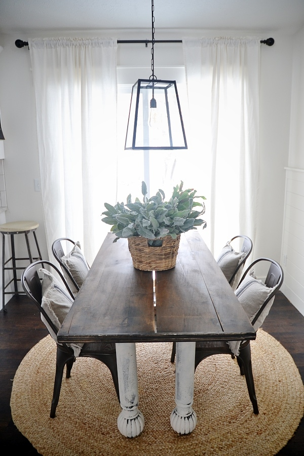 Ordinaire Rustic Metal U0026 Wood Dining Chairs With A Farmhouse Table.