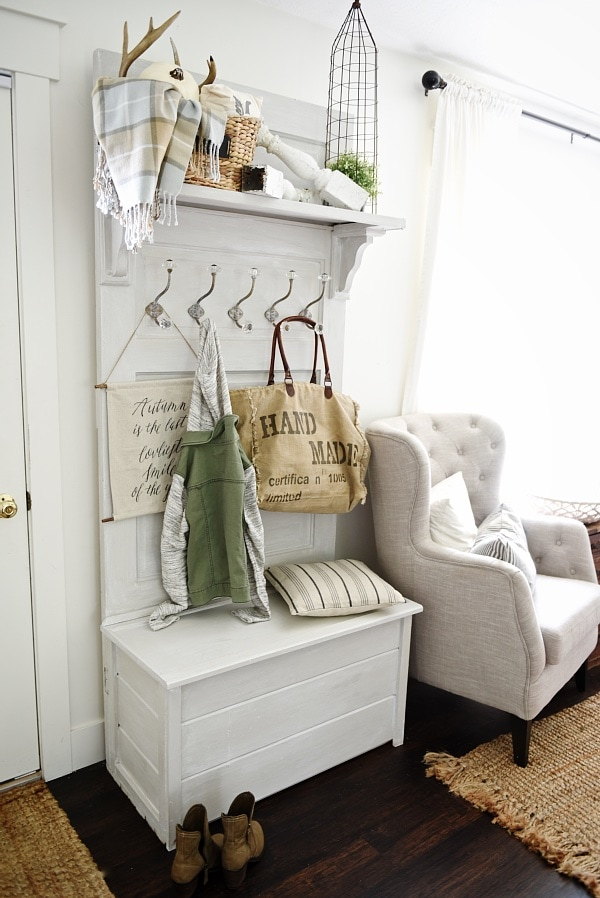 Charmant DIY Hall Tree   Made From An Old Door! Such A Simple Build U0026 Great
