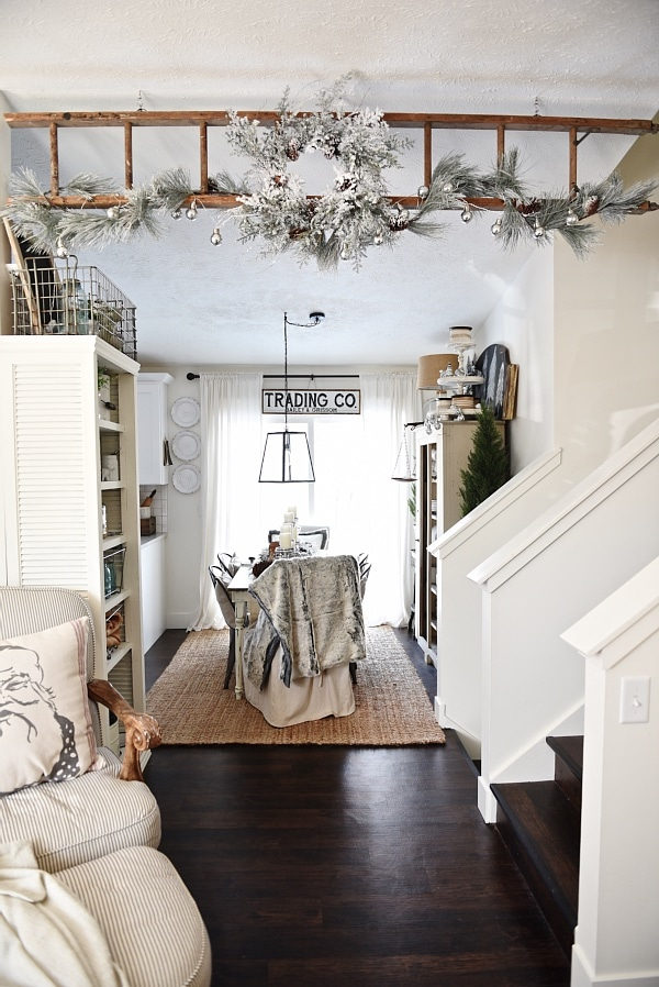 neutral rustic christmas decor - Christmas Ladder Decor
