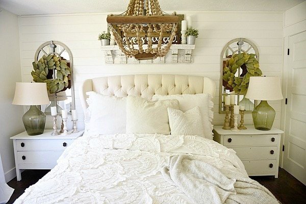 Cozy Farmhouse Bedroom Makeover   Great Pin For An Entire Farmhouse Decor  Makeover!