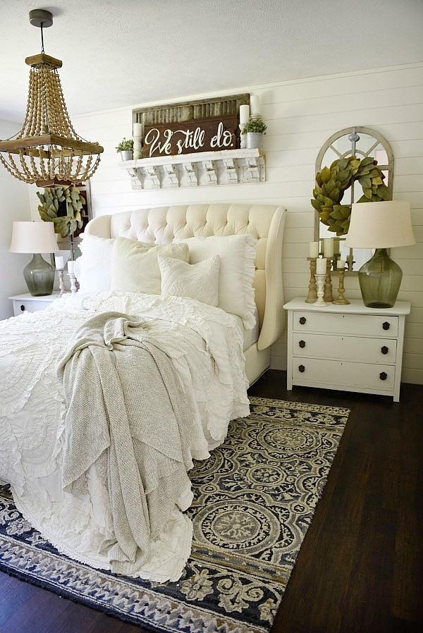 Delightful Cozy Farmhouse Bedroom Makeover   Great Pin For An Entire Farmhouse Decor  Makeover!