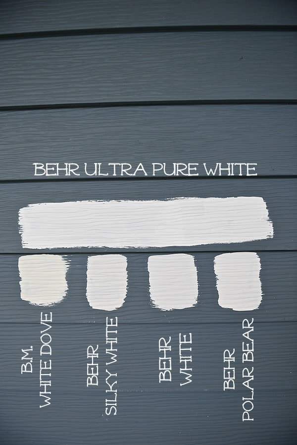 The best white paint colors for a farmhouse exterior