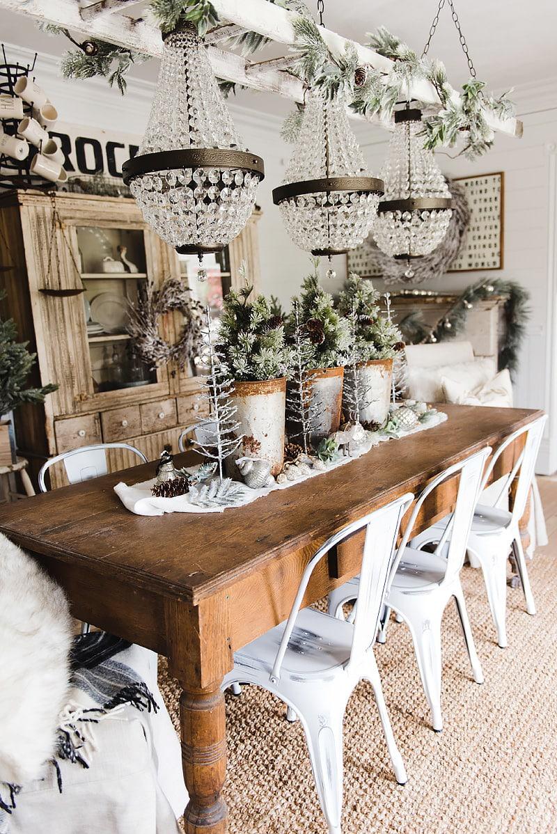 Rustic Glam Christmas Farmhouse Dining Room   A Must Pin For Farmhouse  Christmas Decor