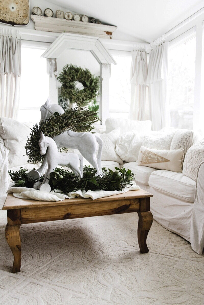 Cottage style vintage inspired Christmas rocking horses - Great farmhouse style & cottage style Christmas decor