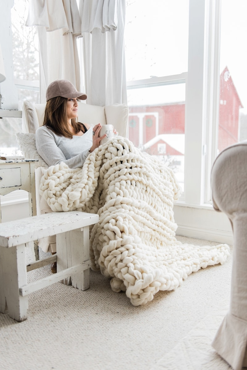 Winter decor - chunky wool knitted blankets