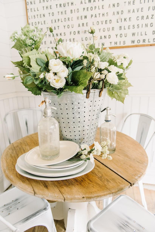 How To Make A Farmhouse Floral Arrangement Liz Marie Blog