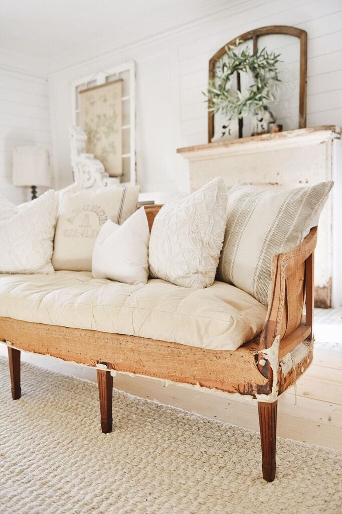 Charmant Deconstructed Furniture Is Basically Pieces Of Furniture Stripped Of The  Upholstery To Reveal The Lining And Frame. Some People Donu0027t U201cgetu201d The  Style, ...