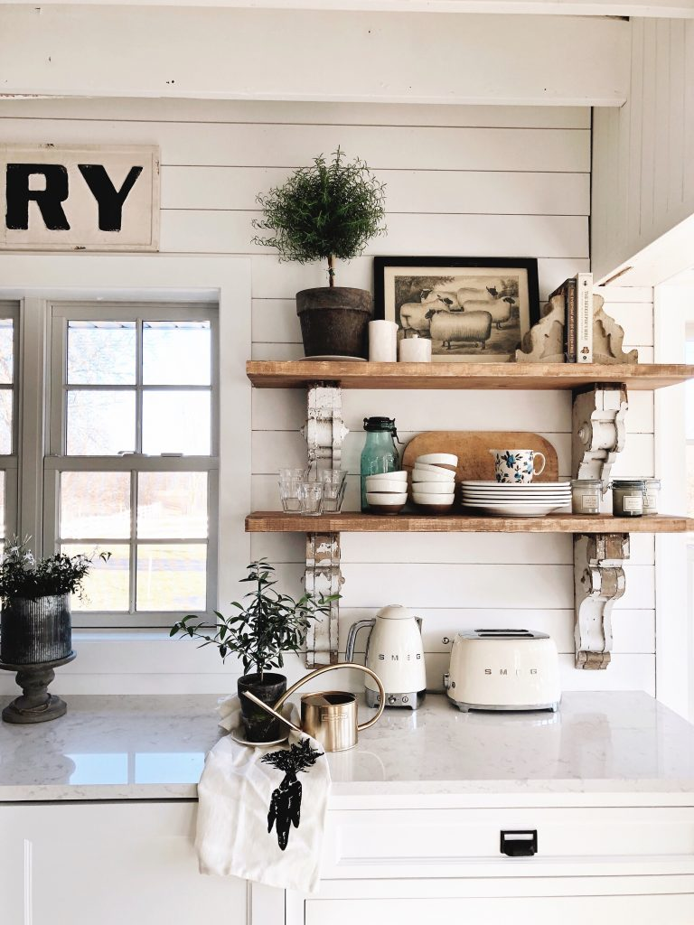 Cottage style kitchen shelves to paint or stain liz for Off the shelf kitchen units