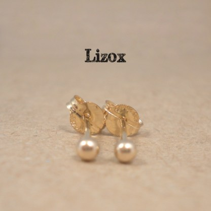 lizox-gold-filled-2mm-ball-studs