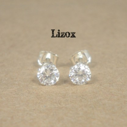 lizox-sterling-silver-4mm-cz-studs