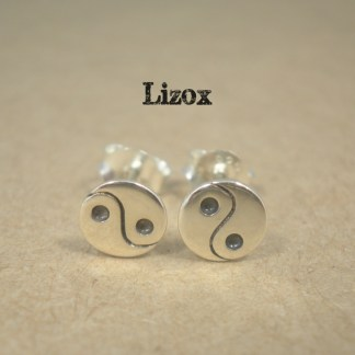 lizox-sterling-silver-tai-chi-ear-posts