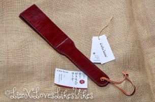 Review of Liebe Seele Wine Red – Leather Split Tawse Paddle
