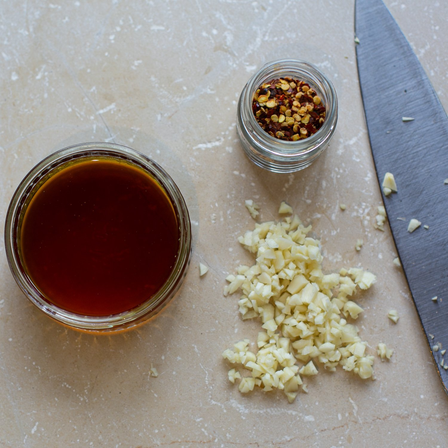 ingredients for homemade chilli oil