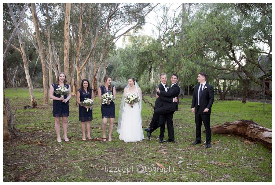 EmuBottomHomestead_Wedding_0025.jpg