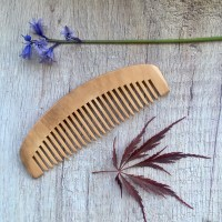 wooden comb plastic free hair care
