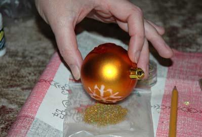 Christmas-tree balls