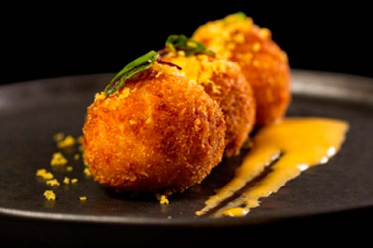 Kitchen Club. comer croquetas
