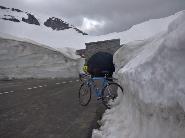 Ständer aus Eis
