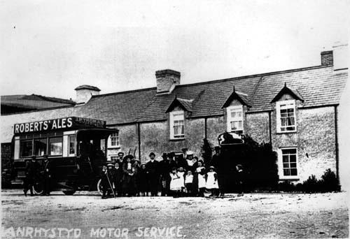 Red Lion Pub & Motor Service Llanrhystud