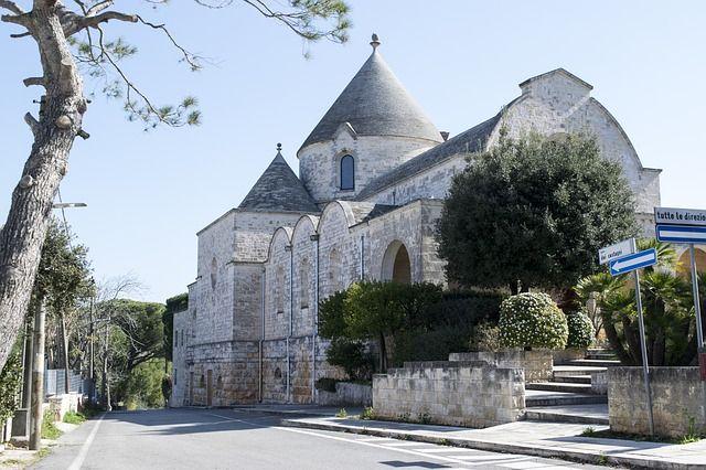 Que ver en Alberobello: Iglesia