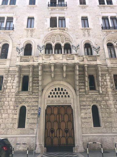Lugares imprescindibles de Bari: palazzo dell'acquedotto