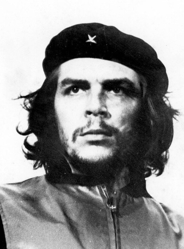 https://pixabay.com/es/photos/che-guevara-rebelde-retrato-hombre-62918/