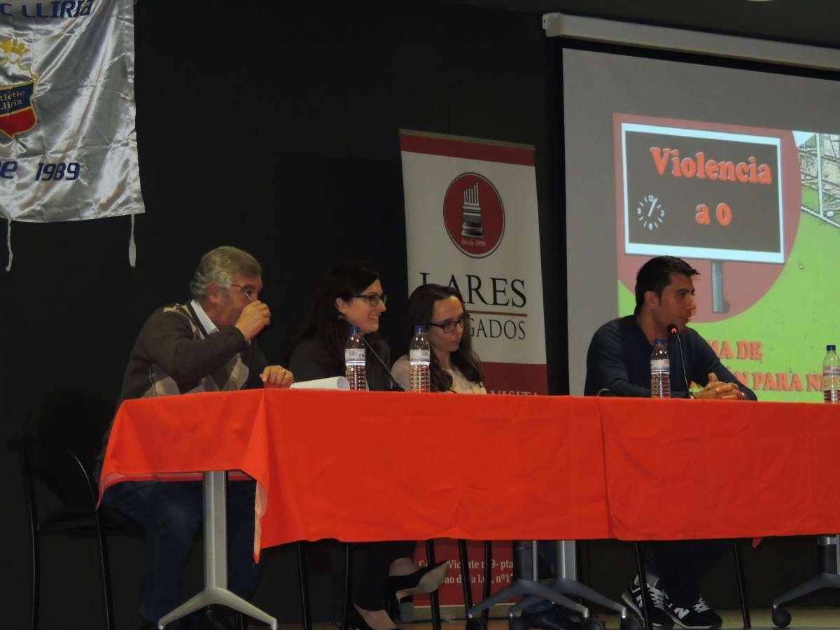 Lares Abogados - Charlas contra la violencia en Llíria