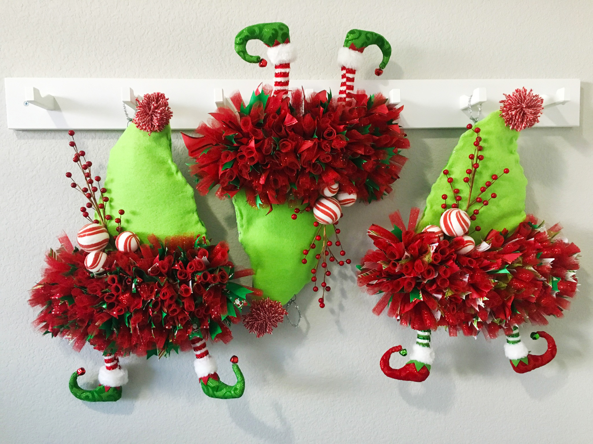 Whimsical Holiday Elf Wreaths, teachers gifts