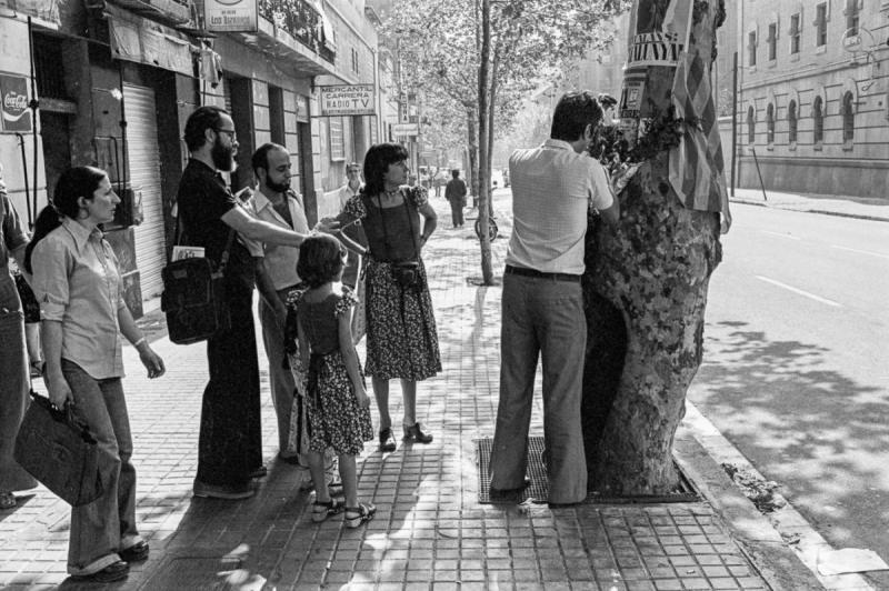 11-09-1977 Entença-312