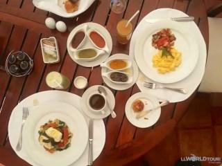 Breakfast at Casa Velas