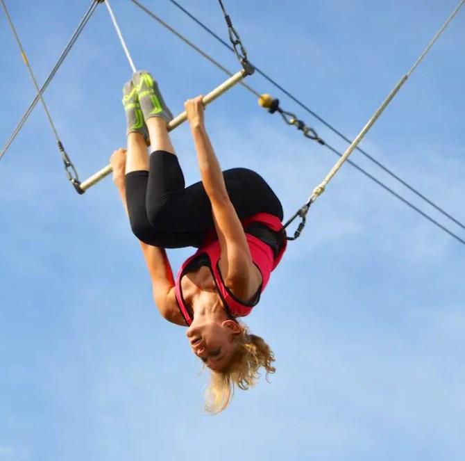 Lisa on Trapeze