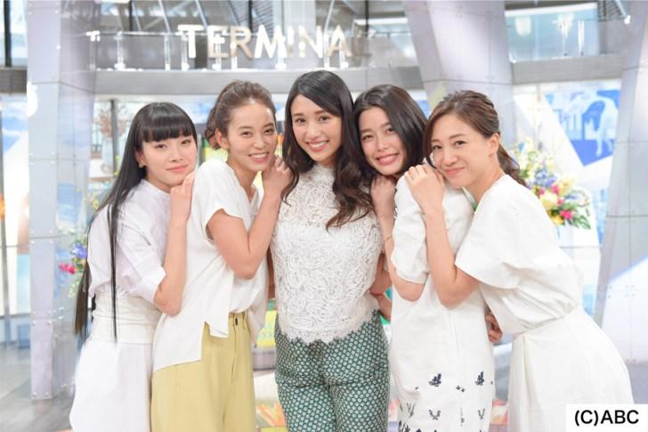 4月から登場する新サラダガールズ(左から)江田友莉亜、依吹怜、広瀬未花、吉倉あおい、森川侑美