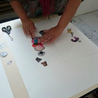 Séance 1: Découpage, collage, agencement d'objets découpés dans des revues